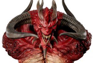 Blizzard отмечает 20-летие Diablo II с крыльями и дорогим бюстом